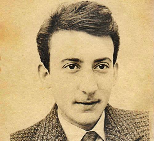 kasdi_merbah_young dans Histoire de la revolution algerienne :1954/1962